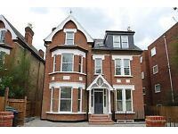 BARGAIN OF THE MONTH!!! GOOD SIZE, HIGH SPEC 1 BEDROOM FLAT IN A LOVELY BUILDING FOR £975 READY OCT