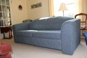 Pull Out Sofa/Couch Double Cambridge Kitchener Area image 2