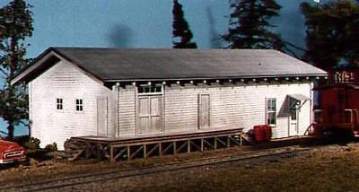 AMERICAN MODEL BUILDERS 701  HO FREIGHT HOUSE  FREE SHIP