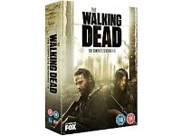 Walking dead seasons 1-5 selling due to watched it very glld condition wantong £20