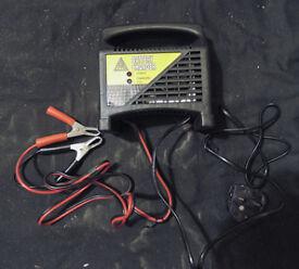Battery Charger 12 volt
