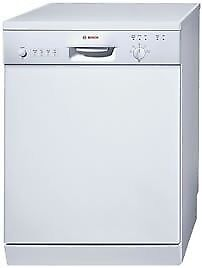 Dishwasher (SGS43T72GB) by Bosch in good condition available for collection from Hounslow, London