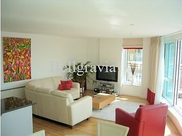 2 Bed 2 Bath Apartment In Oyster Wharf with Great River Views From All Rooms