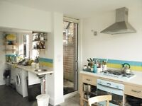 1/2-7mths +- FANTASTIC vry lge rm in LOVELY hse 2 min Stoke Newington Church St-BEAUTIFUL 80ft gdn