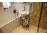 2 double bedroom, newly refurbished 2 bed in furzedown, separate kitchen!