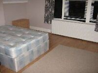 EXTRA LARGE DOUBLE ROOM TO LET IN EAST DULWICH, BILLS INCLUDED!