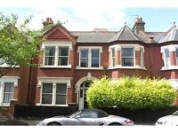 Newly decorated three bedroom house, separate kitchen, separate bathroom, separate living room