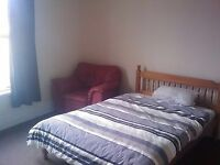 Large double room in professional houseshare *inc bills wifi and sky tv**