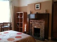 Superb large double room, great location for trains and shops - All Bills included