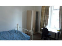 lovely large double room in charminster £100pw or £130 for a couple all bills included Girls Prefer
