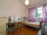 Spacious double room - Fulham Broadway-Excellent Location-Short Let Only