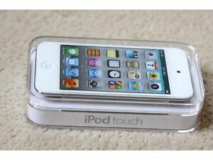 iPod Touch 4th Gen 32gig White+ new earphones+charger