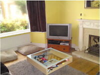 Lovely double room in friendly shared house Beeston