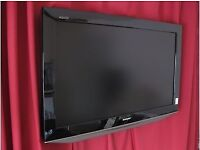 Color TV DVD VCR 20 pounds EACH, LCD TV £39 for 20 inch £79 for 32 inch. £129 for 48 inch fully work