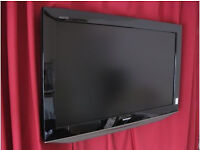 07510120534 Color TV DVD VCR 20 pounds EACH, LCD TV £49 for 20 inch £89 for 32 inch. £199 for 48 inc