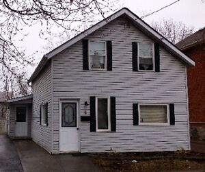 GREAT STARTER HOME OR RENTAL PROPERTY!