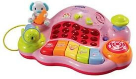 VTECH MUSICAL JUNIOR DJ PINK (RRP £29.99)selling half price for quick sale& comes with new batteries