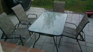 Patio set 4 chairs, tilt-umbrella, glass table, great condition