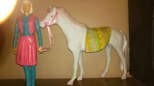 JANE WEST & Vintage white Felt horse