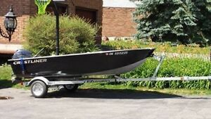 Crestliner 14' Aluminum fishing boat with 20HP yamaha motor