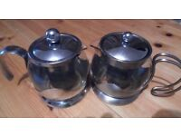 One Glass Teapot / classy and great looking / used / great condition