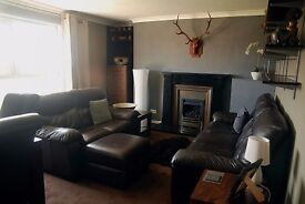 Three bedroom, FULLY furnished, East Edinburgh, refurbished, third floor flat (no HMO, no smokers)