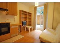Studio flat in Westbourne Park Road, Notting Hill, London