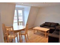 Stunning period 3 double bedroom 2 bathroom penthouse w/ balcony in heart of Angel, Islington N1