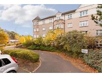 lovely bright and attractive top floor flat