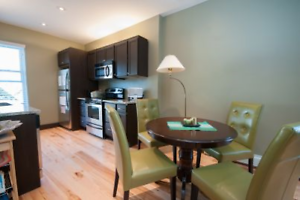 Beautiful 2 Bedroom with Den , 2 Bath - $500 Off First Month