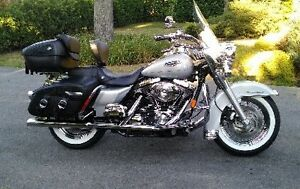 HARLEY DAVIDSON ROAD KING CLASSIC 2006 – VENTE D'AUTOMNE