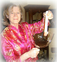 """Crystal Singing Bowl - Hand Held 8"""" - A Rare Find!"""