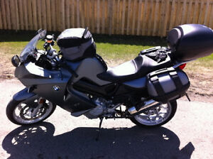 2007 BMW F800ST with lots of extras
