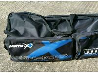 Matrix ethos roller and roost bag