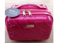 Antler pink glam travel/make-up case. Brand new with tags. Was £75 - selling for £15.