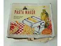 Carlo's Kitchen Pasta Maker New in Box