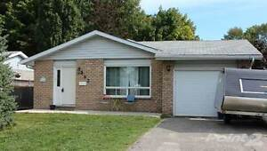 Homes for Sale in Midland, Ontario $249,900