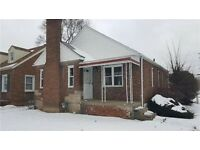 Freehold house in detroit usa NOT UK. rent re sell these have a lot of equity in direct chase bank