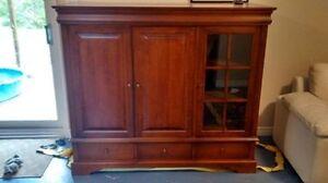 Beau meuble télé en bois (prix révisé)