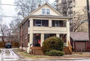 Great Investment opp! Niagara Falls Downtown Duplex For sale!!!