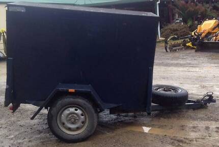 6x4 Fully Enclosed Trailer
