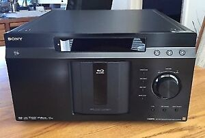 SONY 400 Blue-ray Disc Library (BDP-CX7000ES)