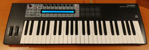 Novation Remote 49SL Compact MIDI Keyboard