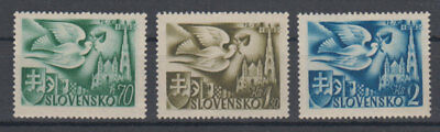 Slovakia dove,castle,coat of arms 1942 MNH **
