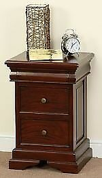 3-DRAWER BEDSIDE TABLES IN SOLID MAHOGANY