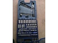 bluepoint 100 pc socket set 1/4 & 3/8