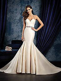 Alfred Angelo Ivory gown style 966