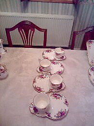 Royal Albert Old Country Roses Supper Set