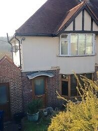 4 Bed student house to let available 1st July