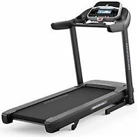 CT1.12 HORIZON TREADMILL $400 USED FOR A MONTH